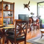 Sea Turtle Hilo Condo – Living and dining room